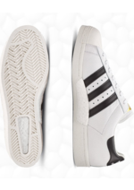 Catalogues et collections Foot Locker : Superstar Boost Adidas