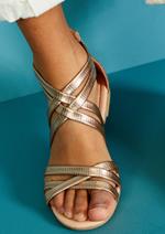 Catalogues et collections Tape à l'oeil : Les chaussures dès 14,99€